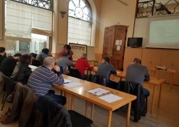 Árbitros: Relación de aprobados en curso en Sevilla y realización de cursos actualmente en Granada y Jaén.